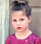 835 little girl in dress 796851